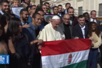 pope and Hungary Helps